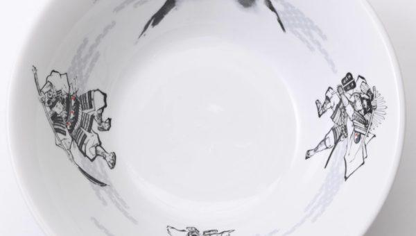 『日本の本物のラーメンを世界へ』フジヤマ55 どんぶりのデザイン!